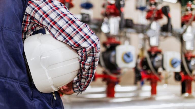 Read more about the article Białe certyfikaty dla przemysłu – jak uzyskać dofinansowanie z rządu za wprowadzenie zmian mających na celu obniżenie emisji CO2?